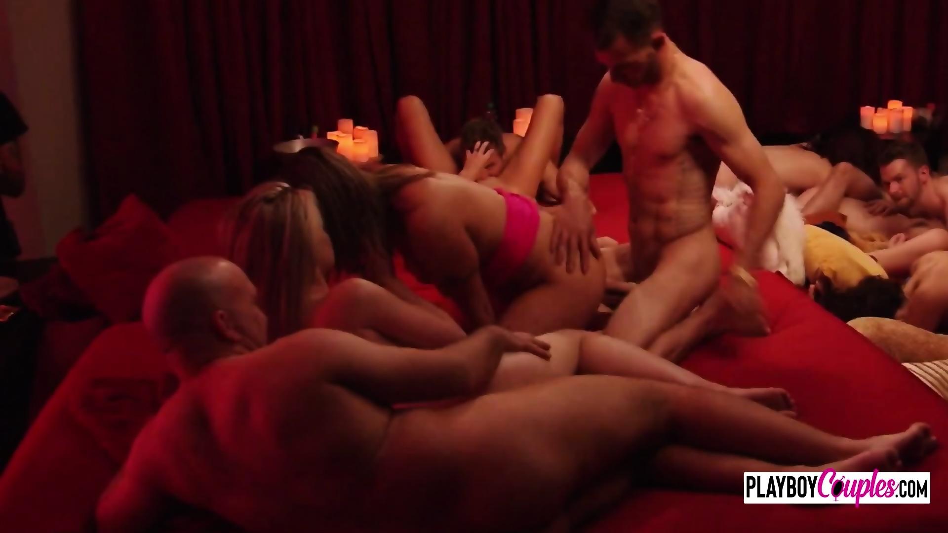 Sexymilf deauxma free porn pics