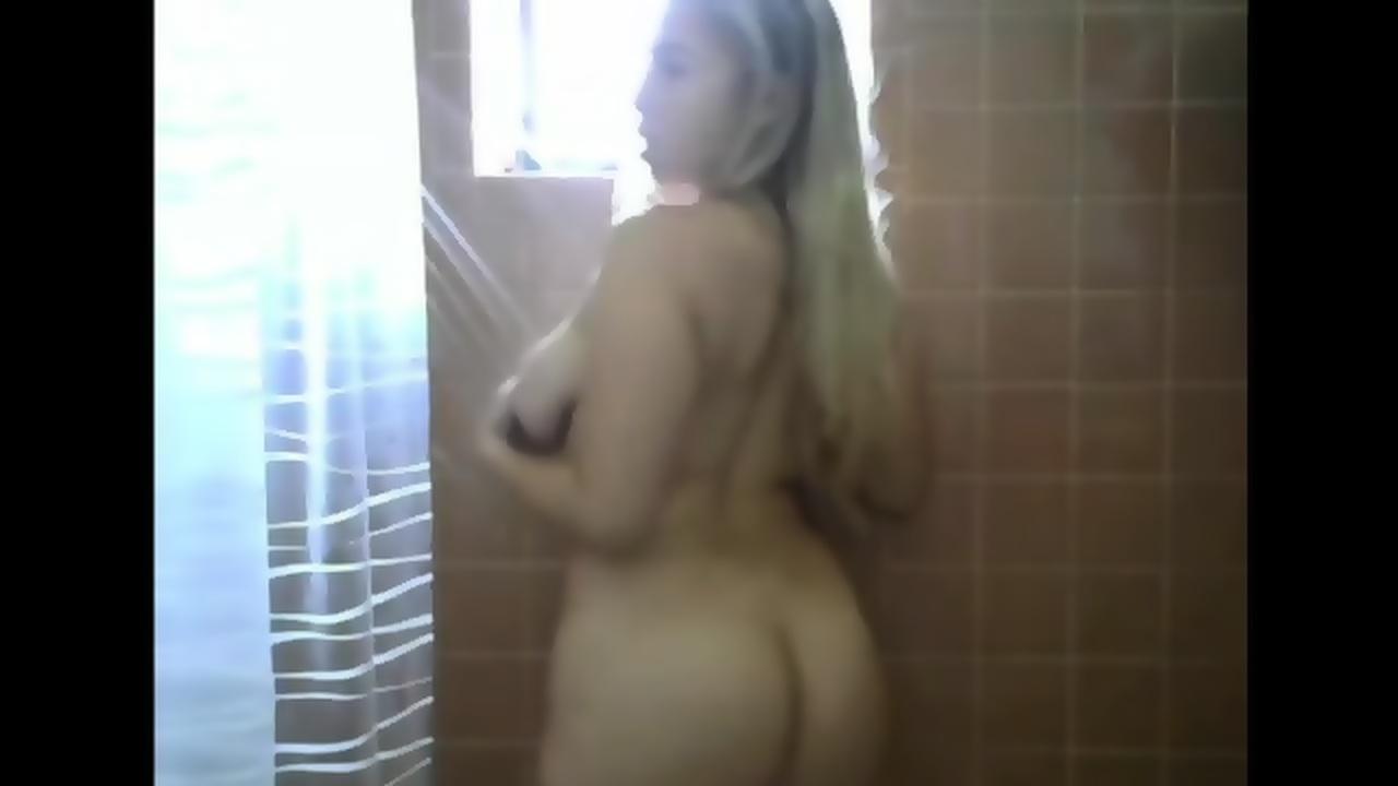 Queenluxe cam