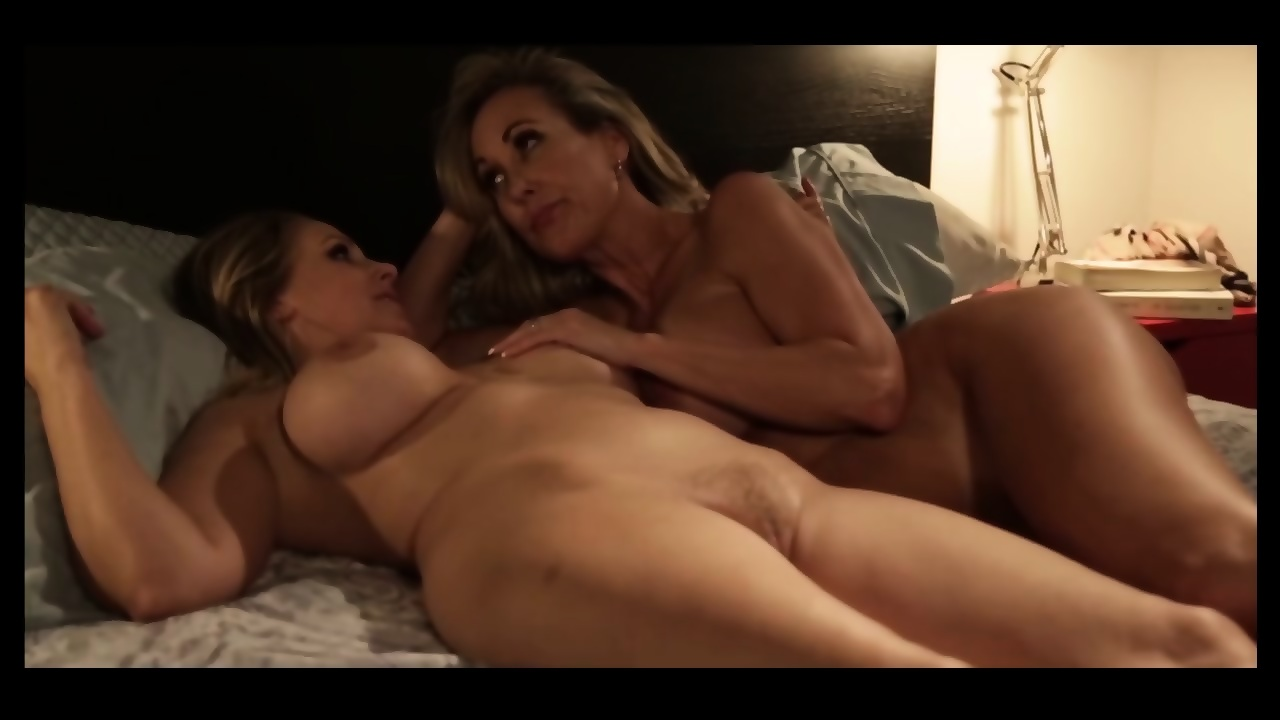 Big Tit Black Girl Threesome