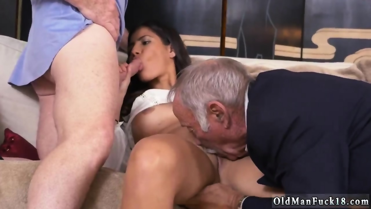 Amateur Young Ffm Threesome