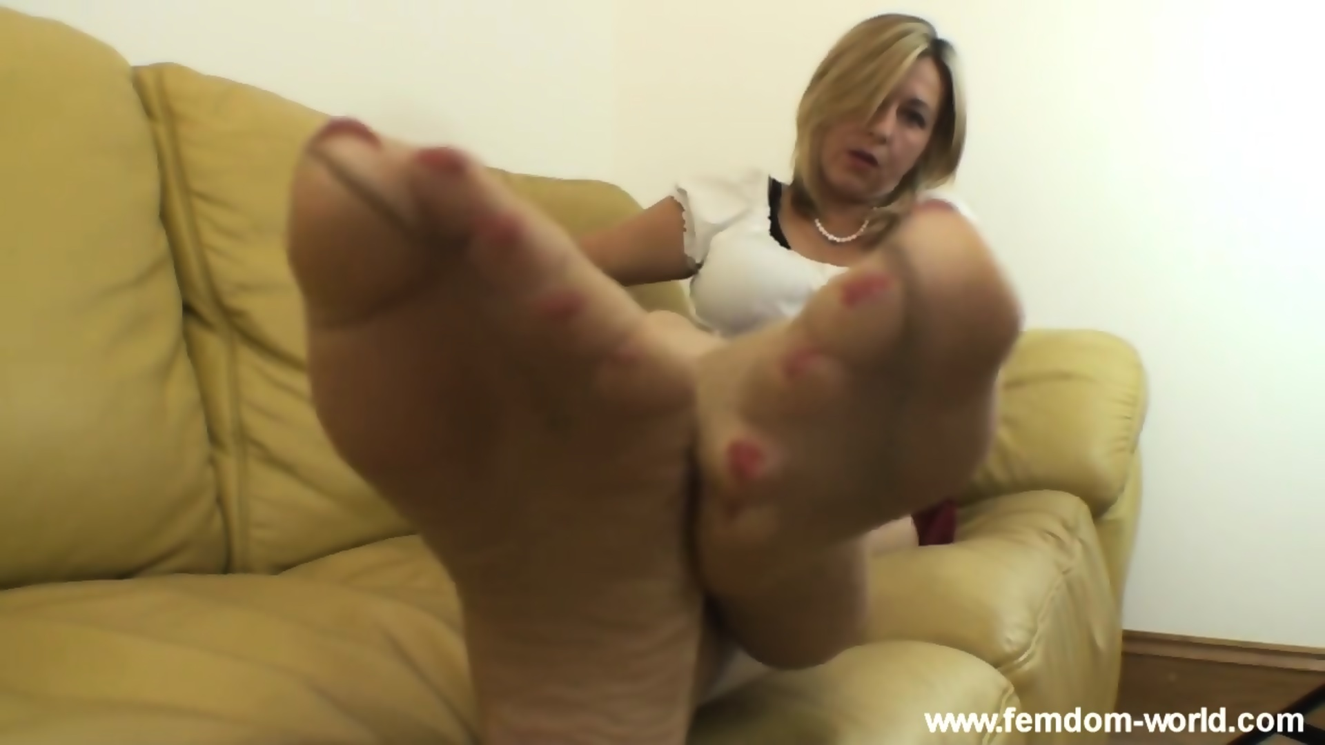 Mature Feet Solo Masturbation