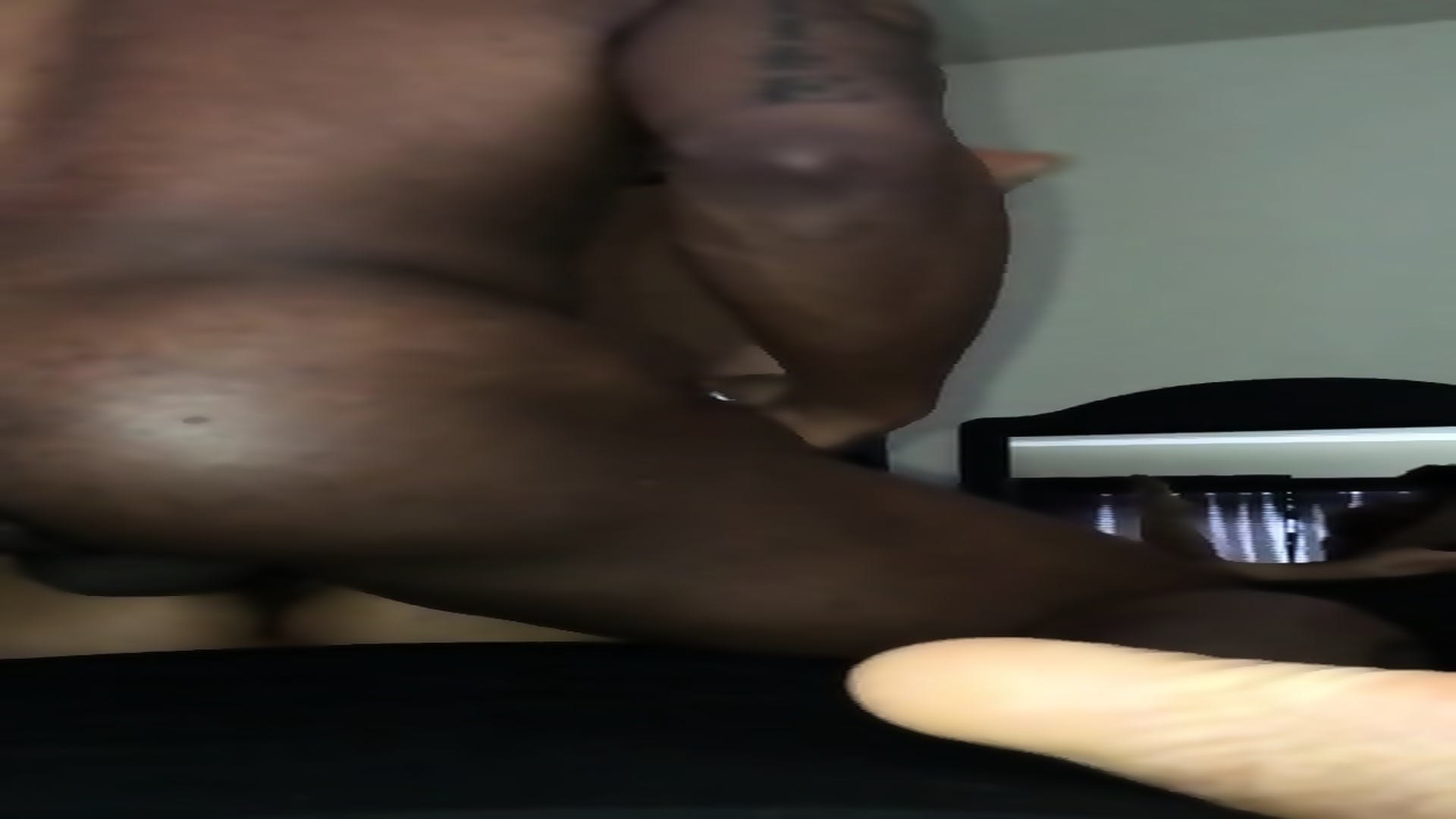 Young Ebony Eating Pussy