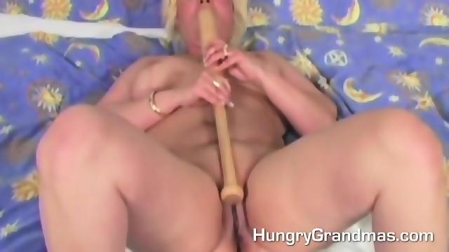 vanessa blue naked boob