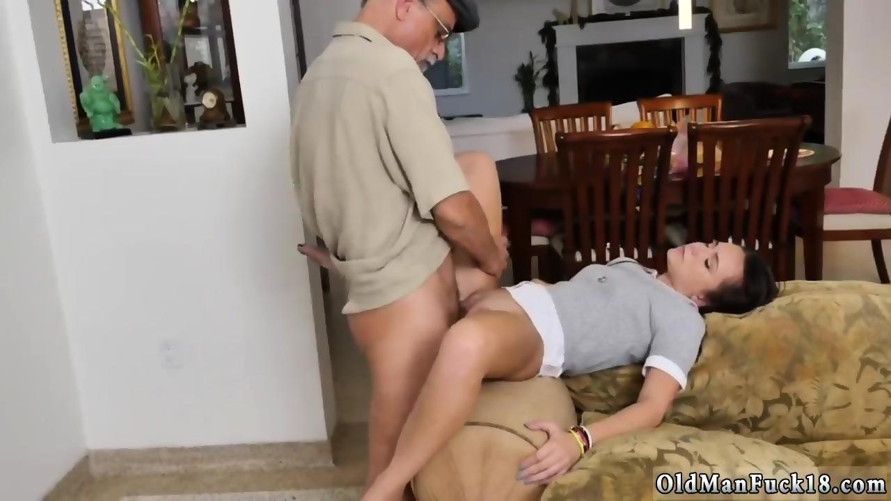 Old Man Eats Teen Pussy