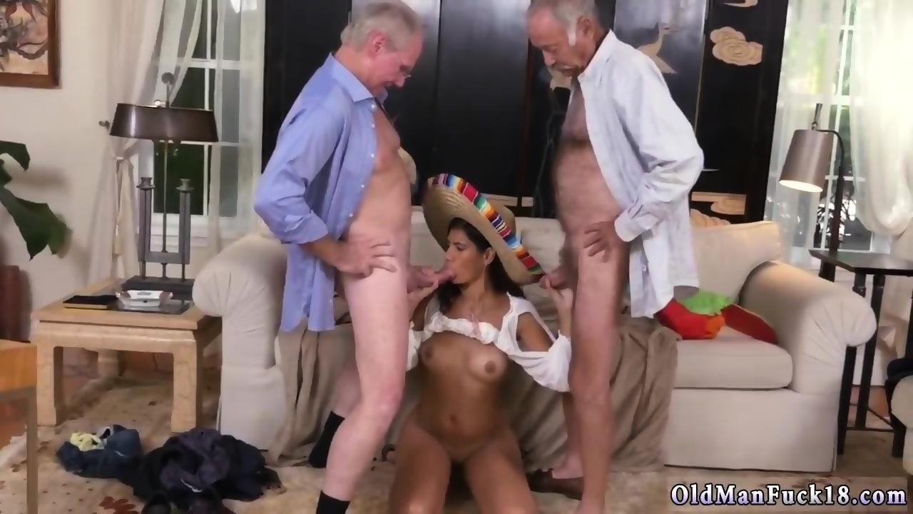 Amateur Cum Between Tits
