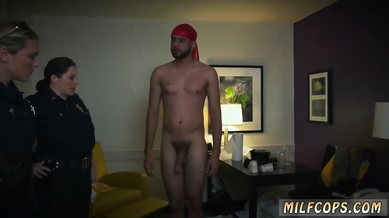 Teen hanging tit pics