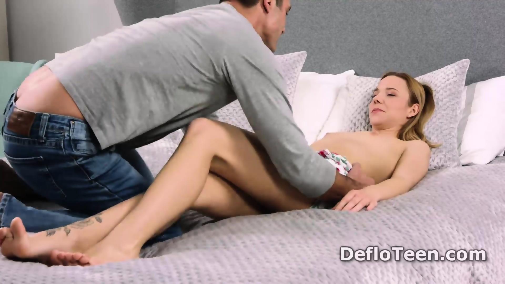 Xvideos pantyhose orgies