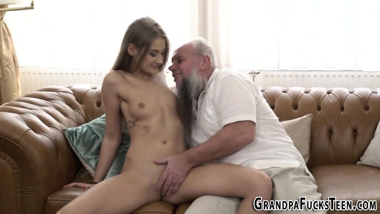 dad fucks daughter s friend