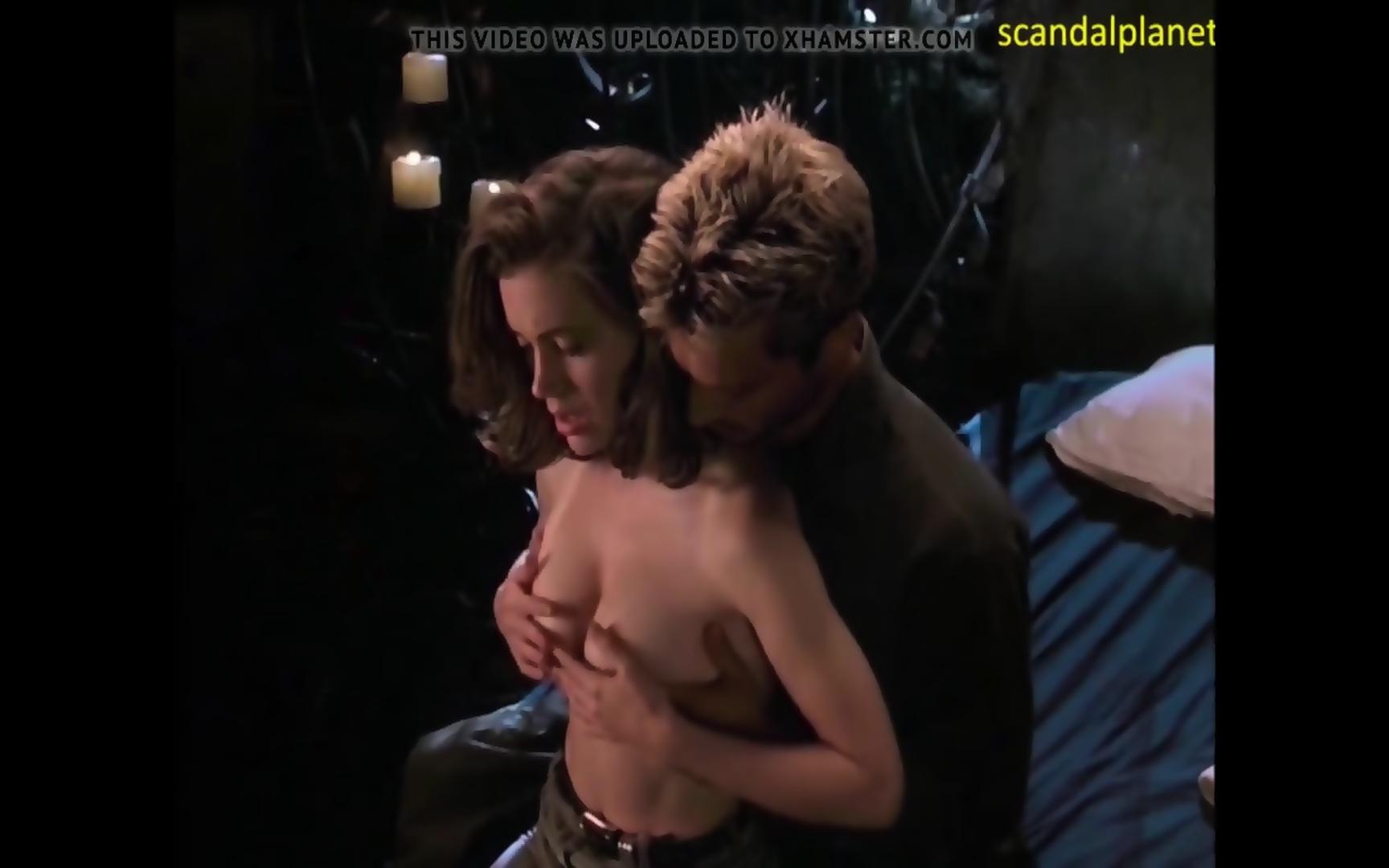 Alyssa Milano Nude Video alyssa milano unclothed tits in toxins ivy 2 film - angel