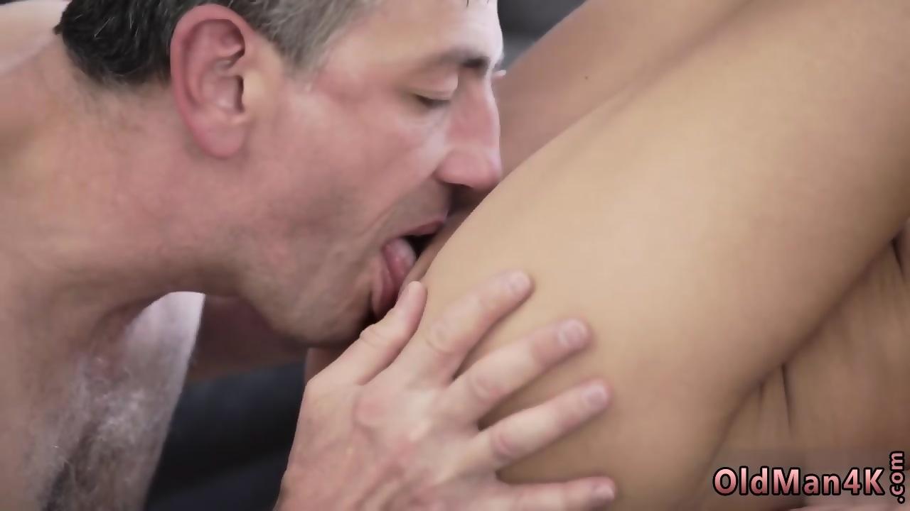 Man Eating Fucking Pussy