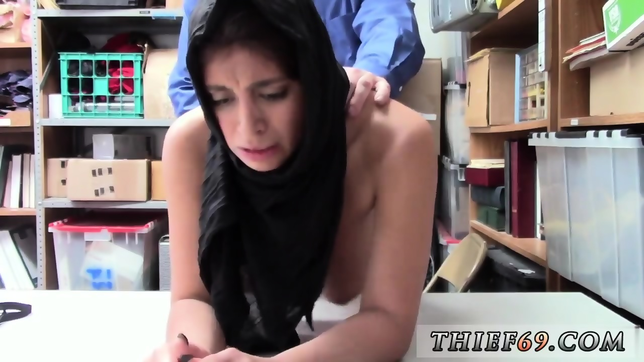 Cheating Wife Fucked Behind