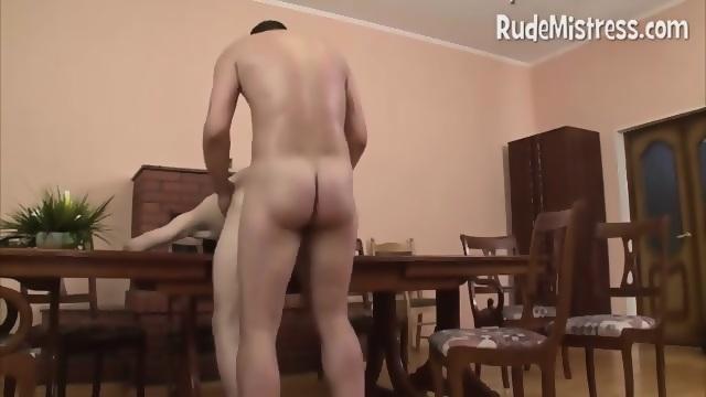 Hot Nude 18+ Dominant female bodybuilder