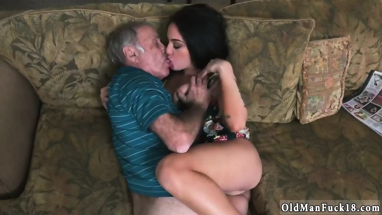 Old Guy Eating Teen Pussy
