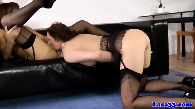 Busty euroslut does anal on the first date 4