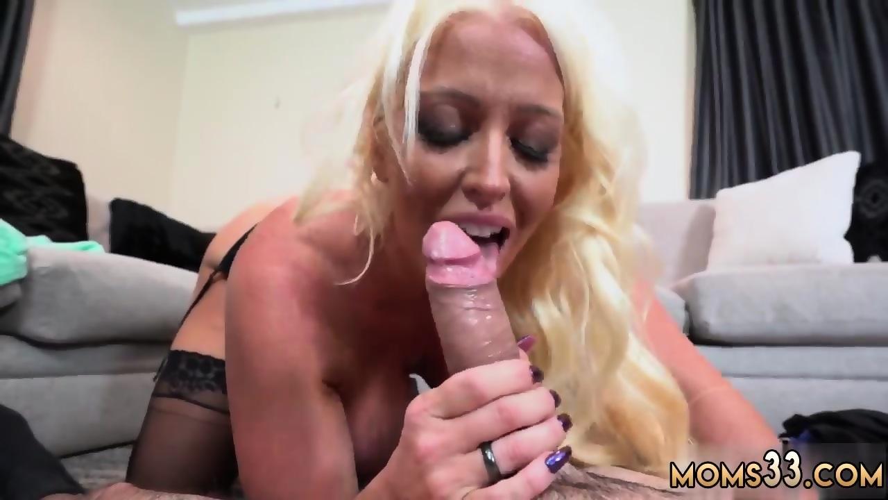 Petite Blonde Sucking Dick