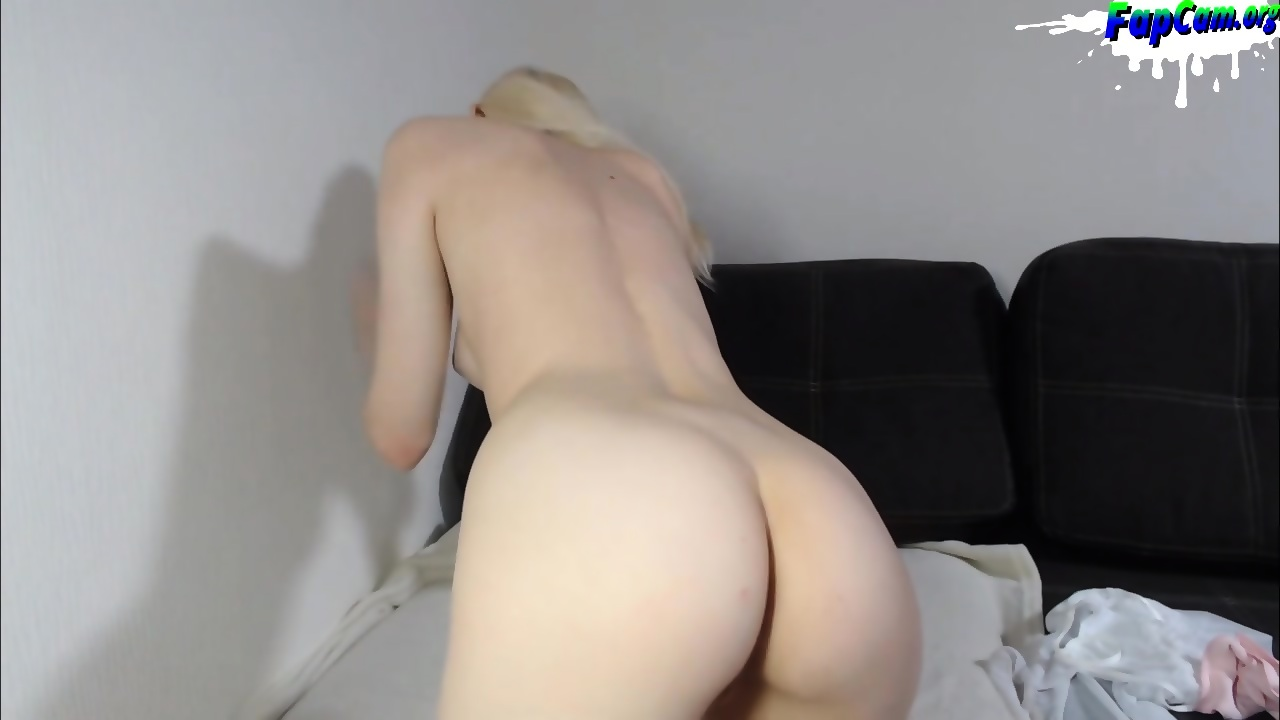 Blonde College Couch Fuck