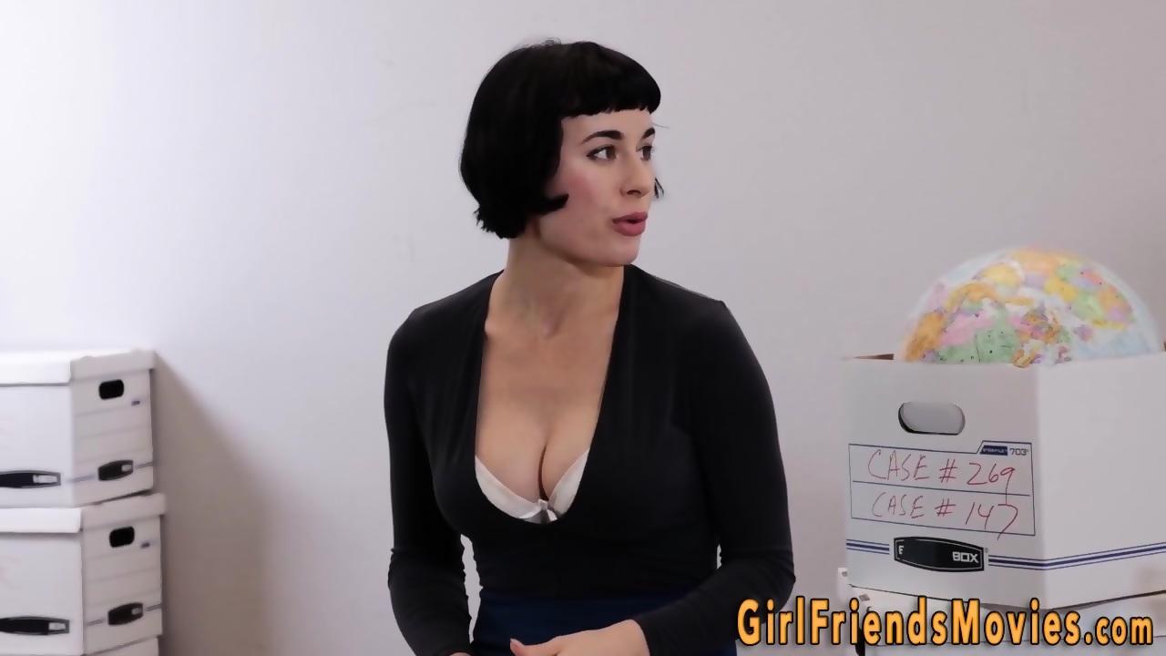 Lesbian milf with big boobs orgasms - EPORNER