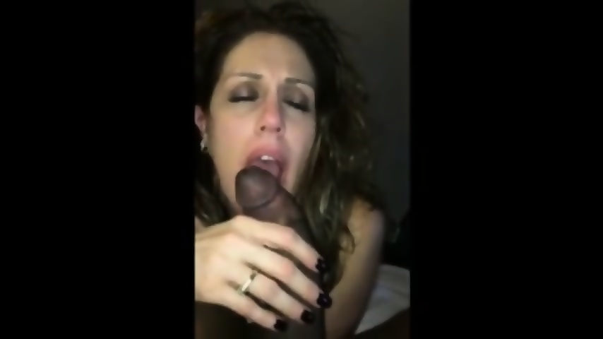 Amateur Loves Sucking Bbc