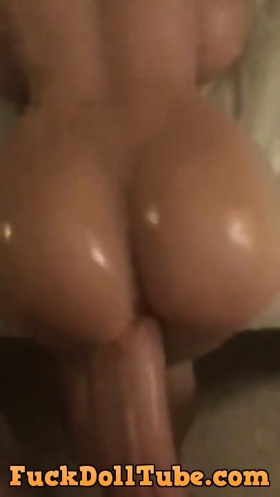 Amateur Teen Loves Huge Cock