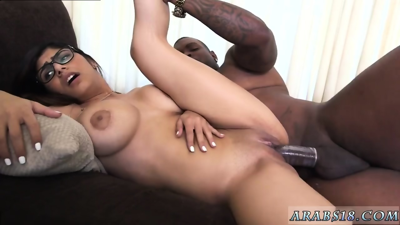 Big Dick Black Shemale Jerking