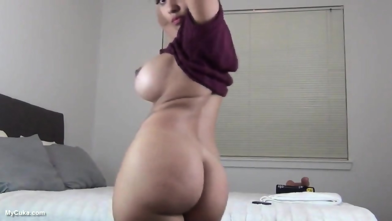 Hot Sexy Ebony Rides A Dildo On Cam Continue On Mycuka Com Eporner