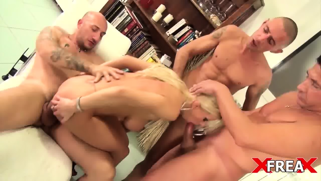 Gang bang milf
