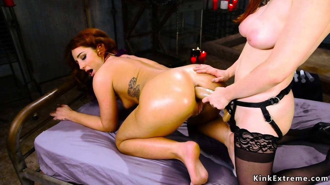 Ebony Big Tit Solo Shemale