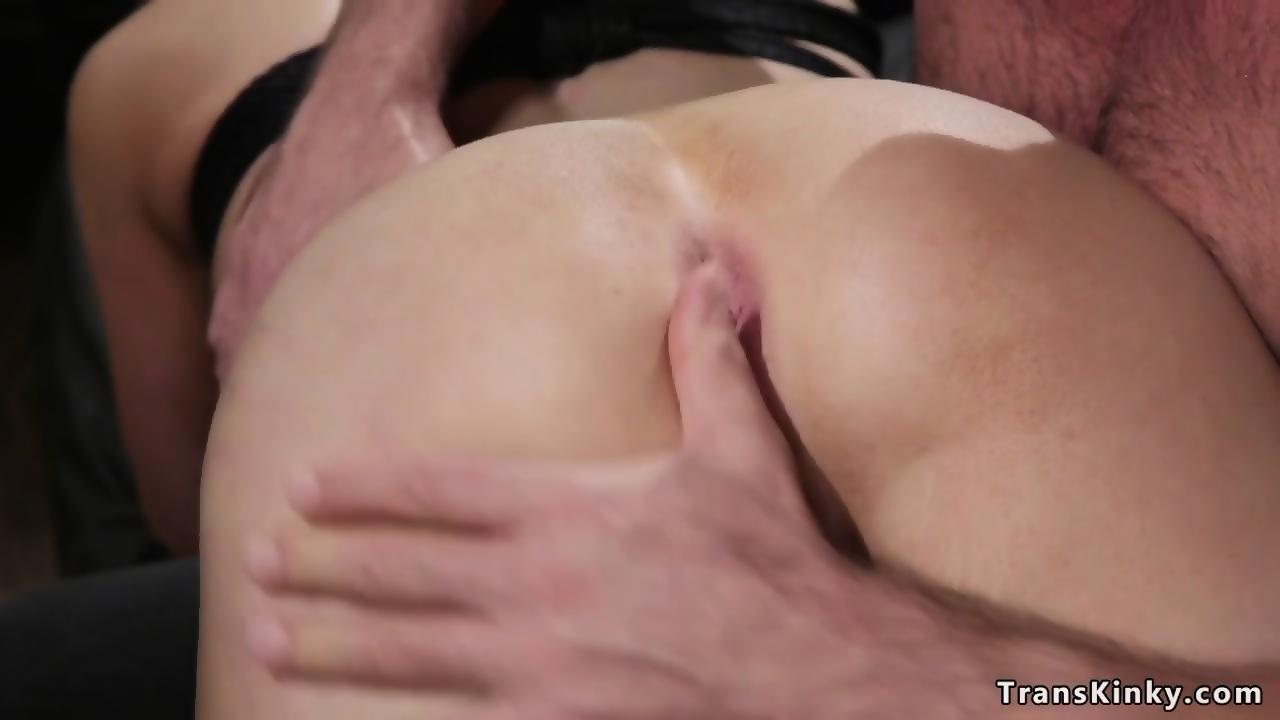 Videos dildo ass lesbian deep