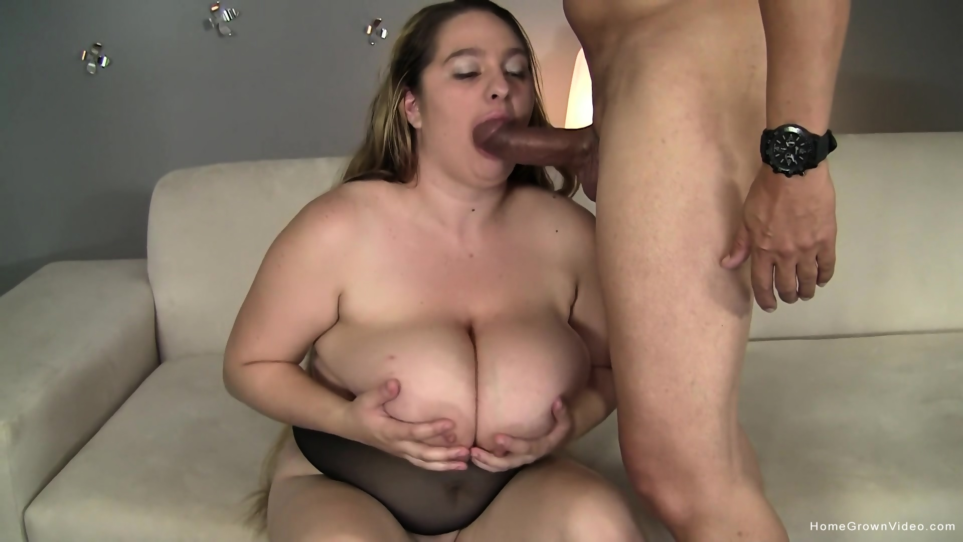 XXX Video Multiple orgasms with a vibrator