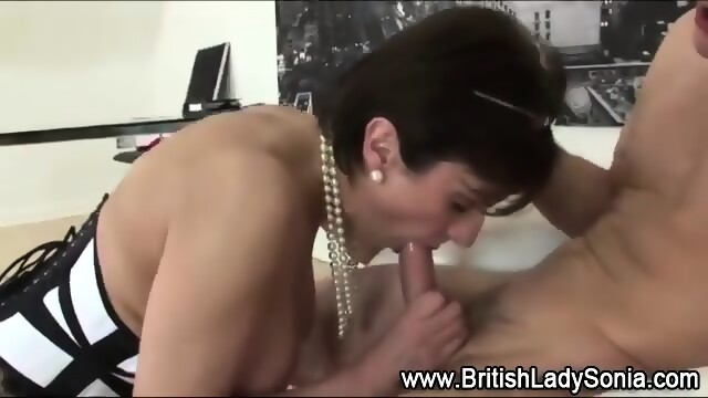 Lady sonia riding cock