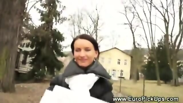 Shows Euro Teen 107