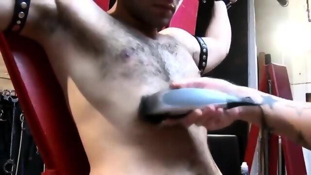Real gaystraight jock shoots his load