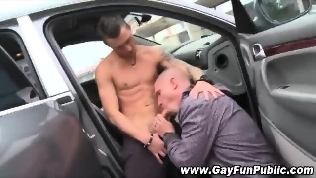Horny impatient hunks fuck outdoors
