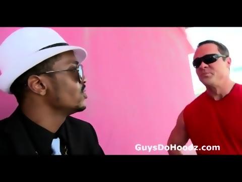 Muscular gay white guy picks up hot thug