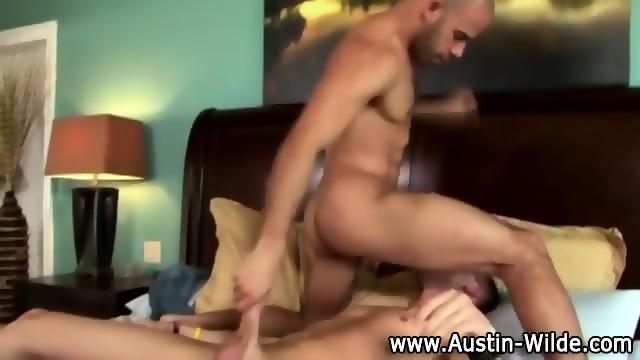 Hard Cock Austin Wilde Gets Blowjob