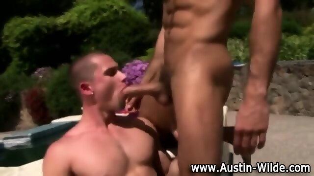 Naughty Hunk Pornstar Austin Wilde