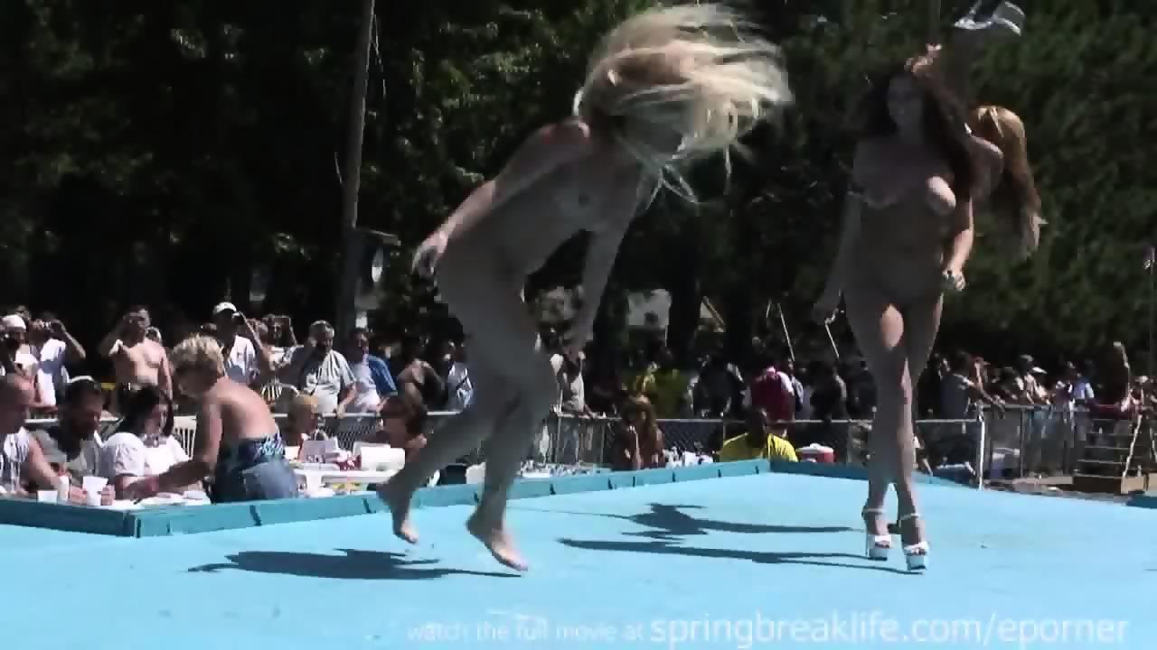free naked girls dancing tubes