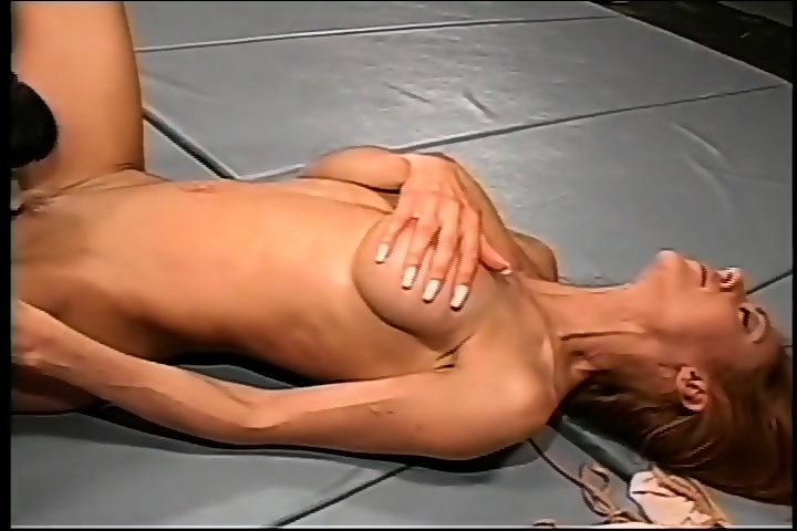 Superstar Female Nude Bloody Wrestling Scenes