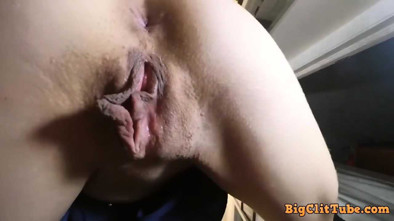 Huge Dick Stretching Pussy