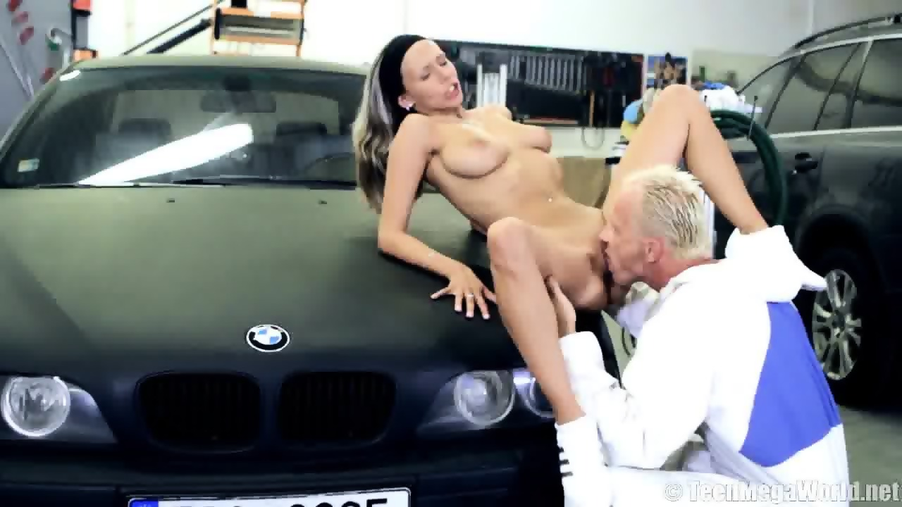 sex in a car videos