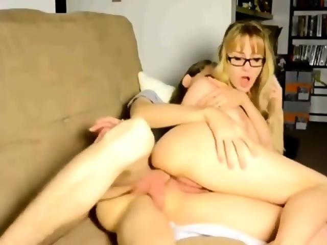 Großer Penis Bei öffentlichem Blowjob