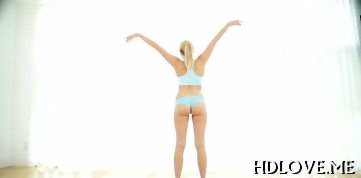 Download Free Captivating Women Beaver Porn Video