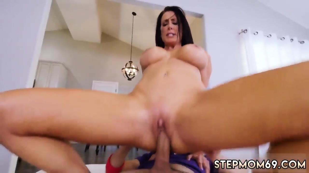 Big Tits Amateur Blowjob Pov