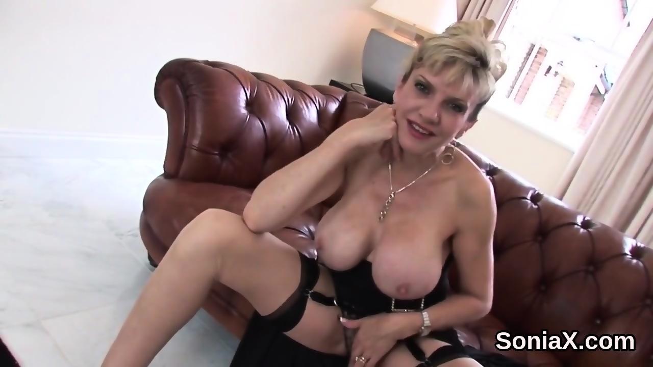 Unfaithful Uk Milf Gill Ellis Flashes Her Oversized Titties Eporner