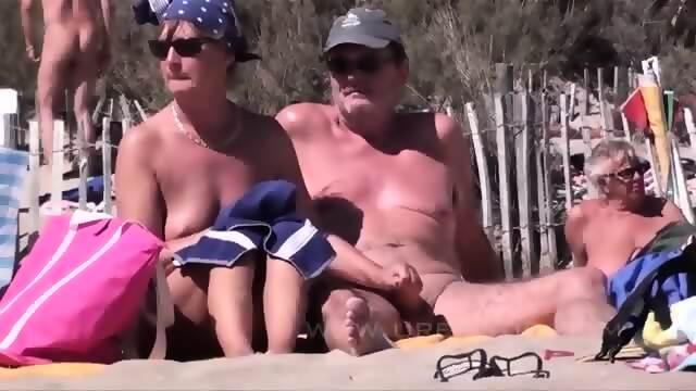Mature beach fucking
