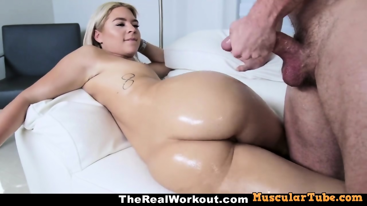 Cute Blonde Chick Masturbating