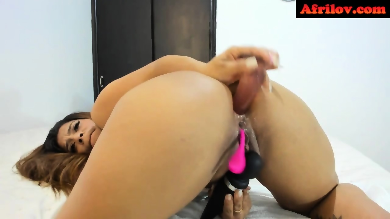 Latino girls sucking cock
