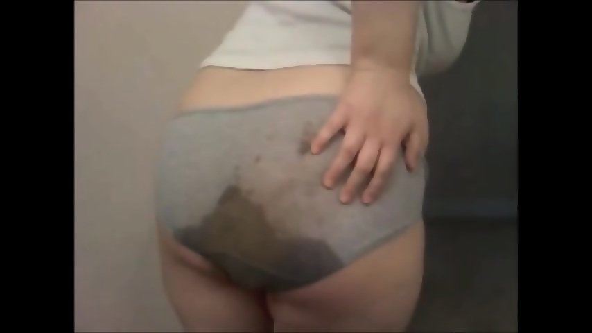 Erotic Image Two girls suck a dick amateur