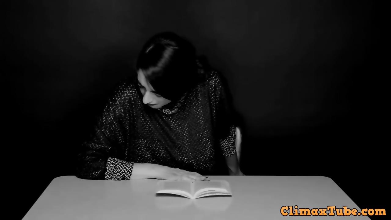 reading orgasm Women while