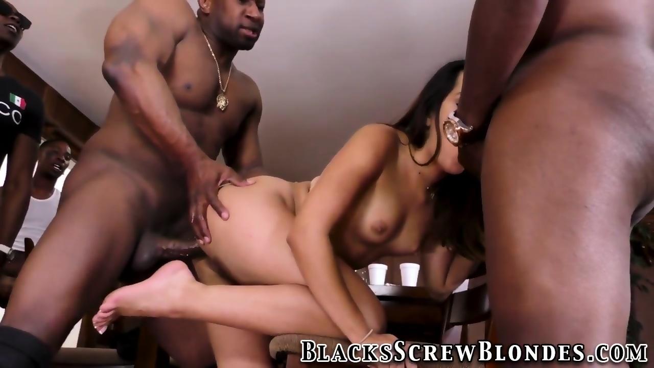 Big Booty Latina Takes Bbc